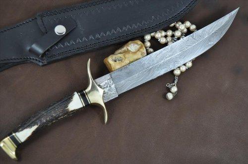 Perkin Knives  4 Handmade Damascus Steel Hunting Knife - Beautiful Bowie Knife - Amazing Value
