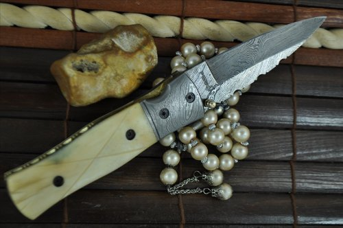 Perkin Knives  4 Perkin Knives - Handcrafted Damascus Hunting Knife - Folding Knife