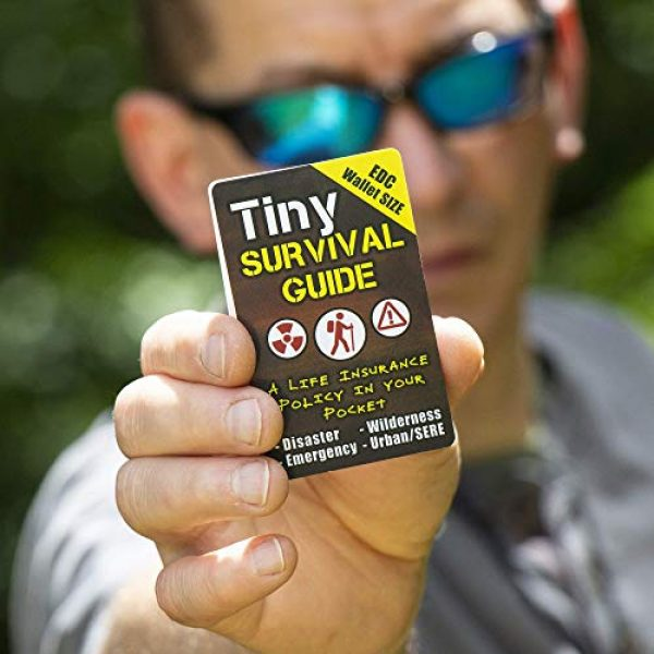ULTIMATE SURVIVAL TIPS BE PREPARED-BECAUSE YOU NEVER KNOW Survival Guide 4 Tiny Survival Guide: A Life Insurance Policy in Your Pocket - The Ultimate Survive Anything Everyday Carry: Emergency, Disaster Preparedness Micro-Guide